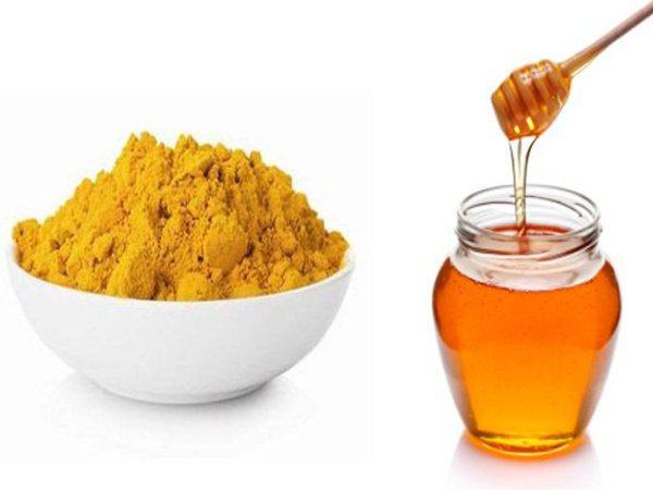 uống tinh bột nghệ và mật ong đúng cách